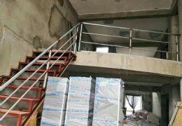 电梯六房顶楼复式独家露台230㎡165万