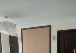 八一四大道140平米4室2厅2卫出售