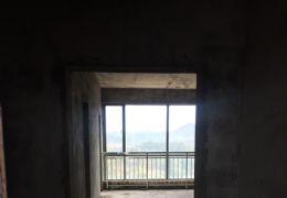 188平米5室3厅3卫学区房低价出售