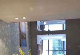 枫叶小区140平米4室2厅2卫出售