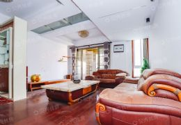 爱丁堡一期172平米5室2厅3卫出售