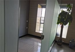 外��1�北����字��82平米2室1�d1�l出租