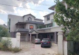 九里峰山旁独栋楼房整栋800平米12室6厅4卫出租
